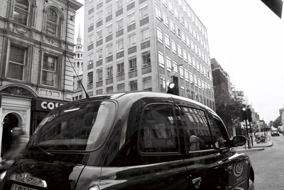 london-bw-10